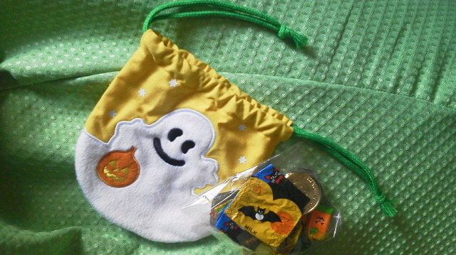 ハロウィンのお菓子を買いにMorozoffへ〜(*^-')b
